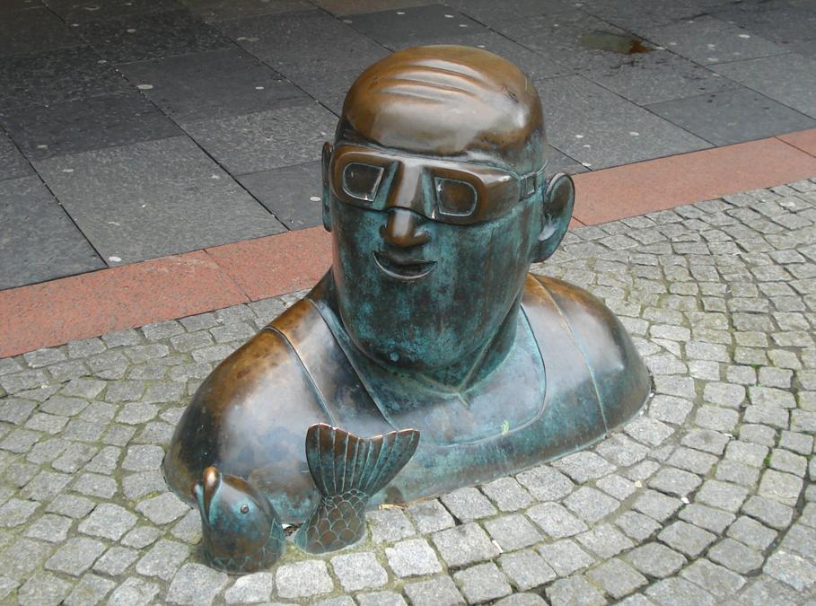 Statue in King Street Kilmarnock